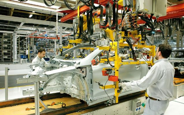 Imagem para Autoeuropa regressa hoje à produção com medição de temperatura através de termómetros infravermelhos e câmaras térmicas